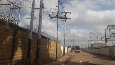 Photo of 41 sectores reportaron fallas de electricidad en Simón Rodríguez y Guanipa