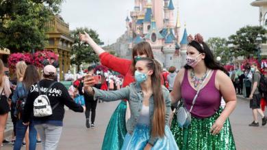 Photo of Con mascarilla Disneyland reabre sus puertas en París luego de cuatro meses