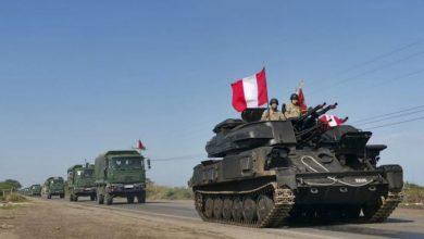 Photo of Perú moviliza militares a frontera con Ecuador para bloquear paso de venezolanos